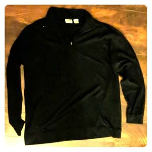 Solid black thin pullover sweater/top
